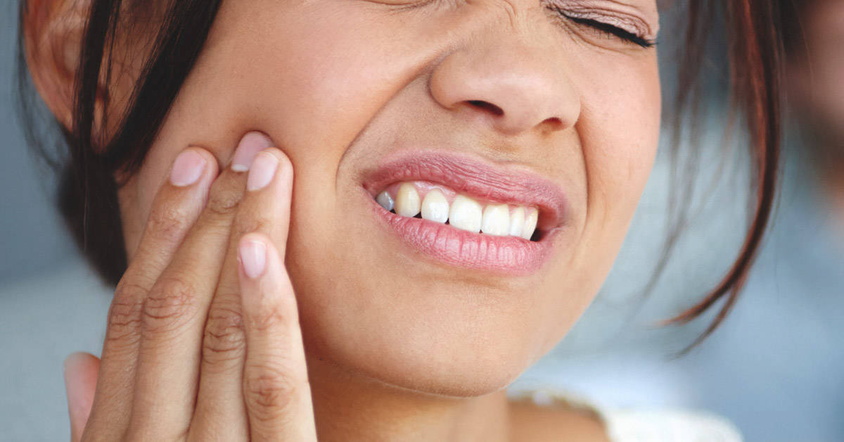 10175-How_to_Get_Rid_of_a_Toothache_at_Night_1200x628-facebook